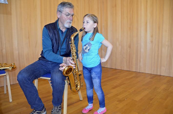 71 Musik im Kindergarten.jpg