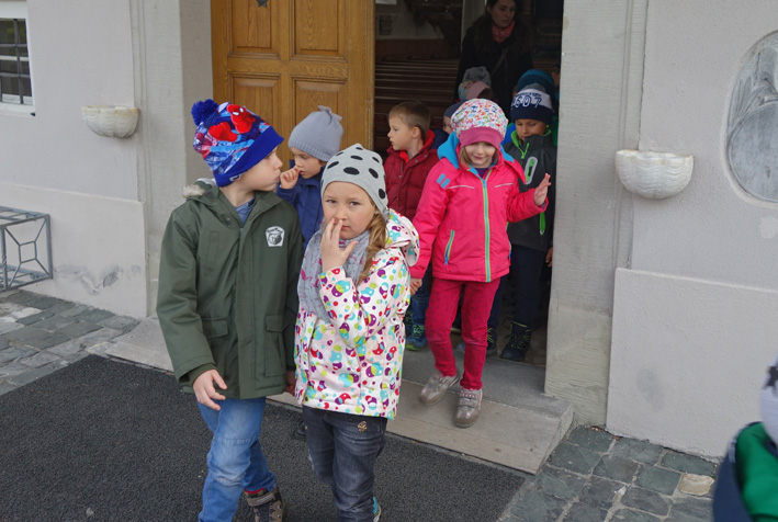 21 Kindergarten_Osterfeier.jpg
